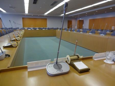1月「月例議会」を開催。(文教・総務区民の2委員会が開会)