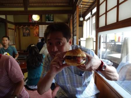 ネイビーバーガー初体験!!(横須賀にて・・・)
