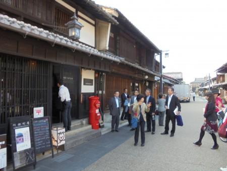 岐阜「観光施策」や「市民活動拠点施設」を視察。(総務区民委員会2日目)