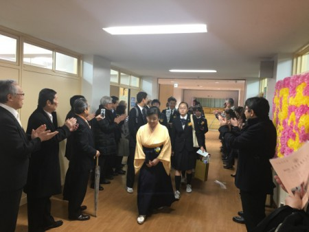 26名の旅立ち!!(区立第8中学校卒業式)