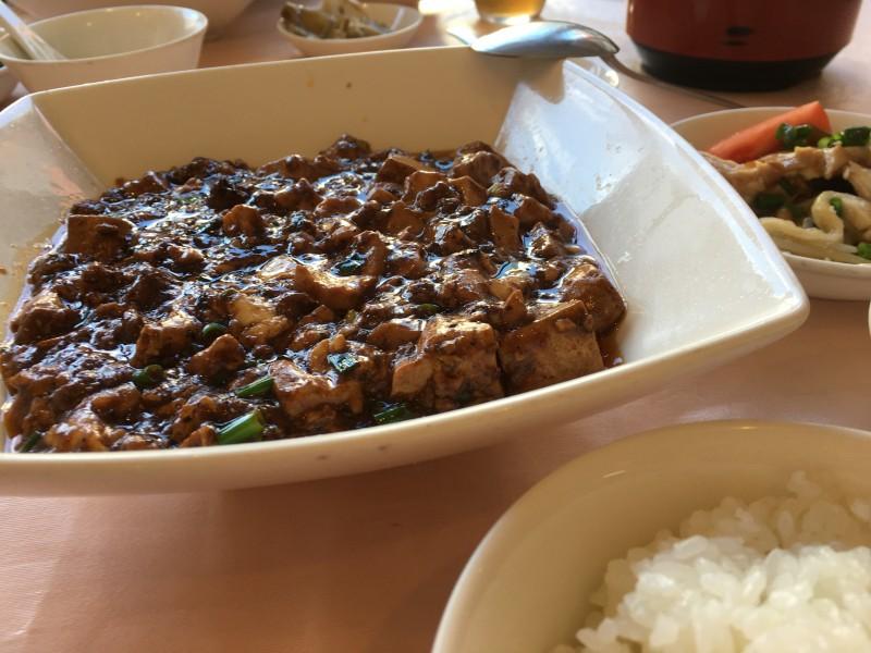 千駄木「天外天」の麻婆豆腐。