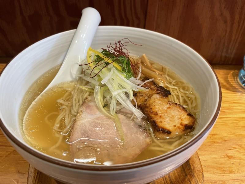 千駄木「麺や ひだまり」の塩らぁ麺